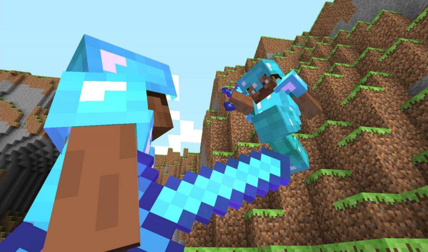wallpaper minecraft avec deux joueurs en armure de diamant qui se battent